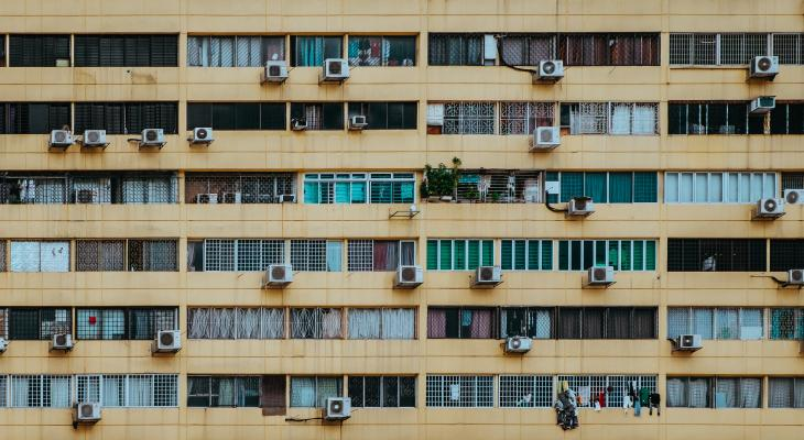Air conditioning units in Singapore. Photo by Annie Spratt.