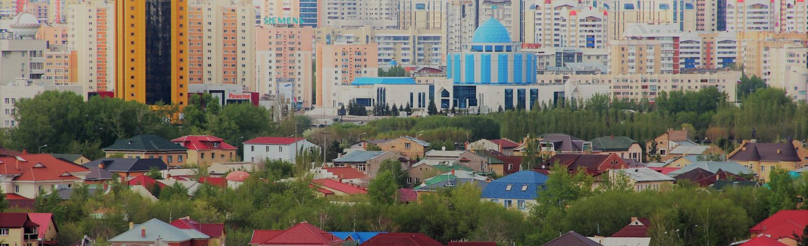 A view of homes outside of an urban area. Kazakhstan. Photo: Shynar Jetpissova / World Bank